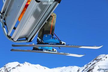 Ski auf Sessellift