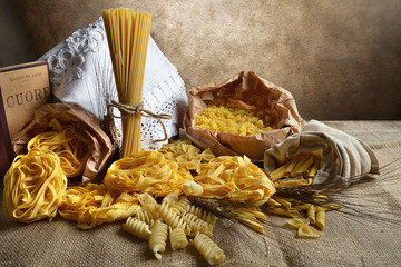 Pasta varia sfondo vintage
