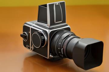 Antica fotocamera a pellicola medio formato