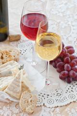 Kaese, Brot und Wein