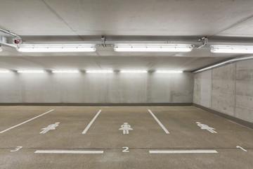Deutschland, Stuttgart, Parkplatz -Bereich für Frauen