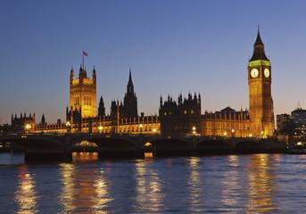 Großbritannien, London, Ansicht der Themse und dem Westminster Palace