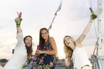 Deutschland, Berlin, Junge Studenten Spaß