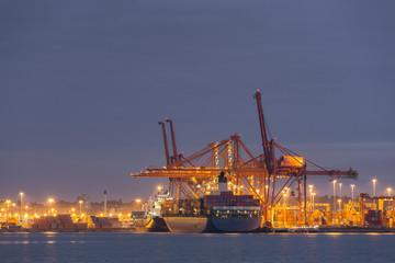 Kanada, Hafen von Vancouver in der Nacht