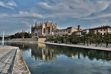 Spanien, Palma, Mallorca, Blick auf Kathedrale Santa Maria