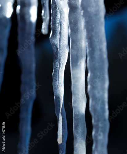 icicles natural background