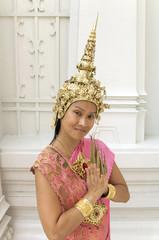 Thailand, Bangkok, Porträt einer Tempeltänzerin