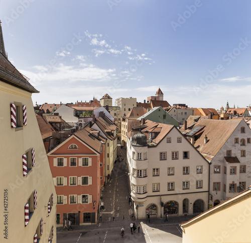 Deutschland, Bayern, Regensburg, Blick über die Dächer an der Donau