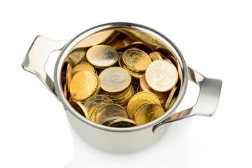 Topf mit vielen Euromünzen