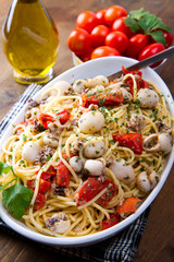 spaghetti with cuttlefish and tomatoes