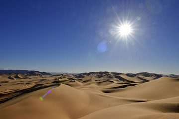 Nordafrika, Algerien, Blick auf Dünen am Erg Mehejibad