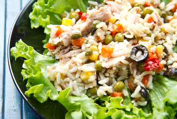 tuna salad with rice and vegetables