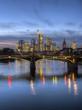Deutschland, Hessen, Frankfurt am Main, Bankenviertel, Ignatz Bubis - Brücke -, Skyline in der Abend