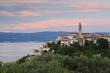 Kroatien, Krk, Ansicht der alten Stadt Vrbnik