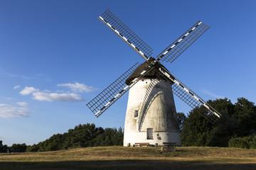 Deutschland, Ansicht der alten Windmühle in Krefeld- Egelsberg