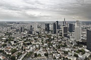 Deutschland, Hessen, Frankfurt am Main, Blick auf die Skyline der Stadt