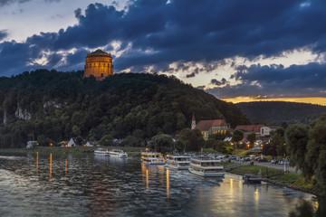 Deutschland, Bayern, Ansicht der Befreiungshalle in der Nähe der Donau
