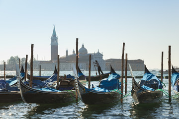 Italien, Venedig, Gondeln Andocken am Markusplatz