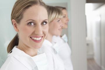 Deutschland, Zahnarzt und Unterstützung
