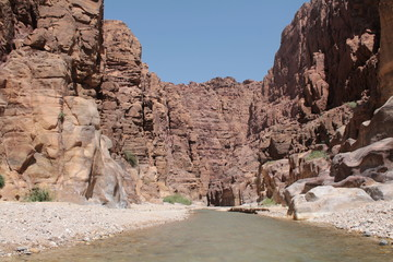 sight path between the rocks of the siq, reserve mujib,jordan