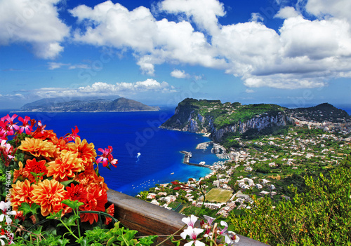 Tuinposter Eiland beautiful Capri island - Italian travel series