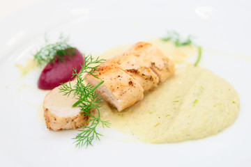Chicken fillet with potato and beetroot puree