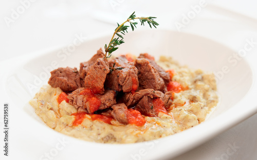 Braised beef with vegetable ragout