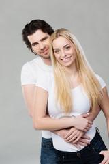 schönes glückliches paar