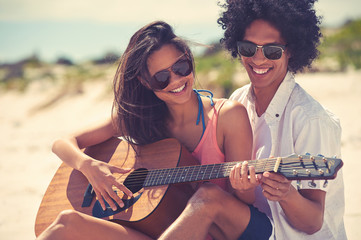 Guitar beach couple