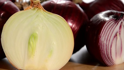 onions rotating close up