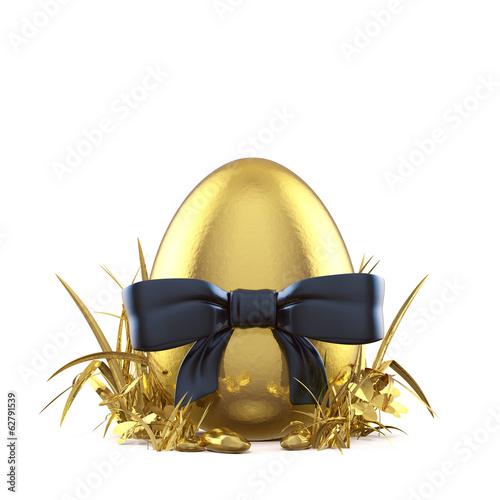 Goldenes Ei im Grase - 62791539