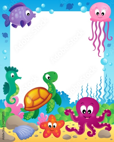 Frame with underwater animals 3
