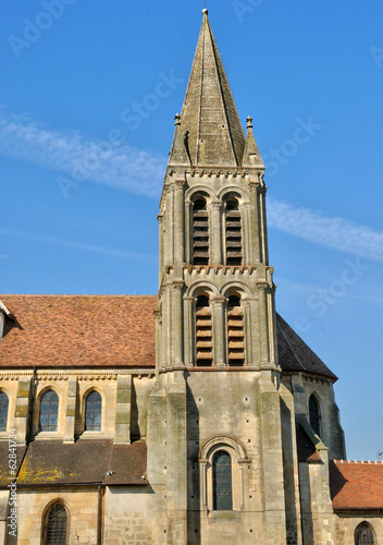 France, the picturesque church of Nesles la Vallee