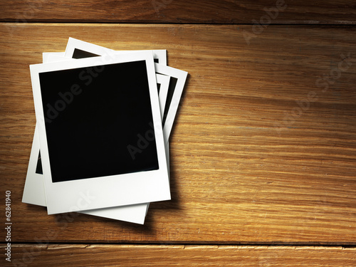 polaroid style photo frame