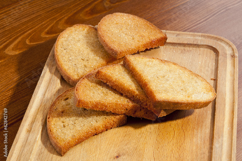 Crusty toasts