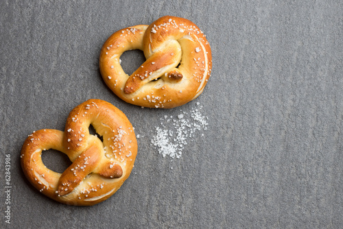 Fotobehang Brood Fresh Pretzel food background