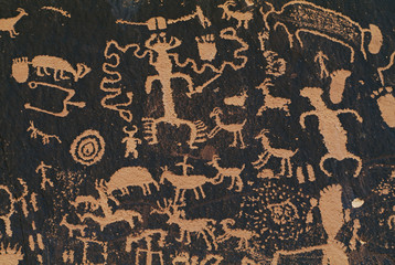 Ancient pueblo rock art, Newspaper Rock State Historic Park, Utah, USA