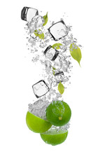 Limes fraîches, relevant in water splash