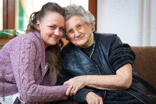 Senior woman - 62855582