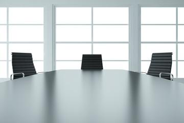 Leerer Tagungsraum in weiß