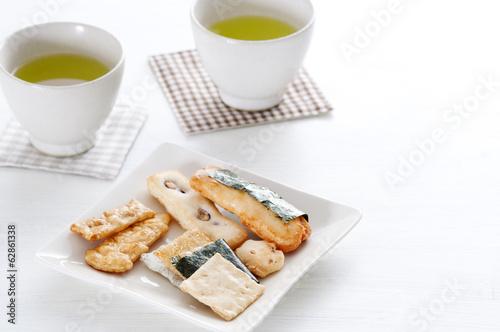 おせんべい 緑茶
