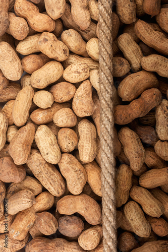 Illuminated and dark peanut and rope