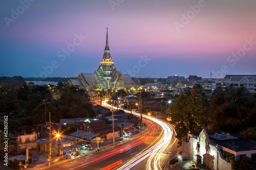 A beautiful temple in Twilight (Wat Sothon, Chachoengsao, Thaila