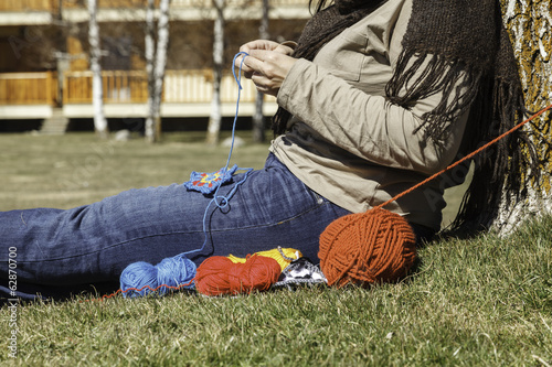 woman knitting outdoor