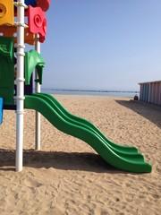 scivolo sulla spiaggia