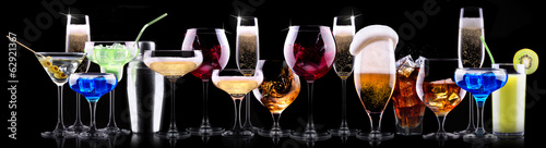 Foto op Plexiglas Alcohol different alcohol drinks set