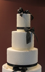 Delicious decorated wedding cake
