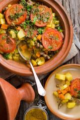 Gemüse-Tajine mit Kartoffeln