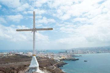 Cross with Las Palmas (2)