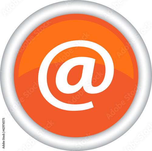 Круглый векторный знак с изображением электронной почты